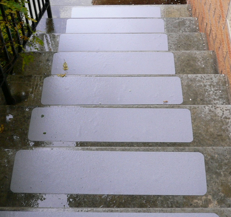 How To Fix Slippery Wooden Steps Helpful Products Gripclad