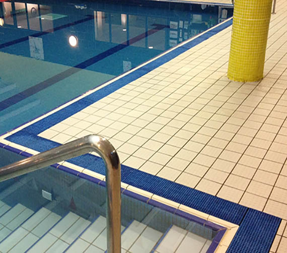 GRP grating in swimming pools