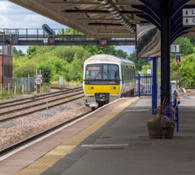 railway station anti-slip safety
